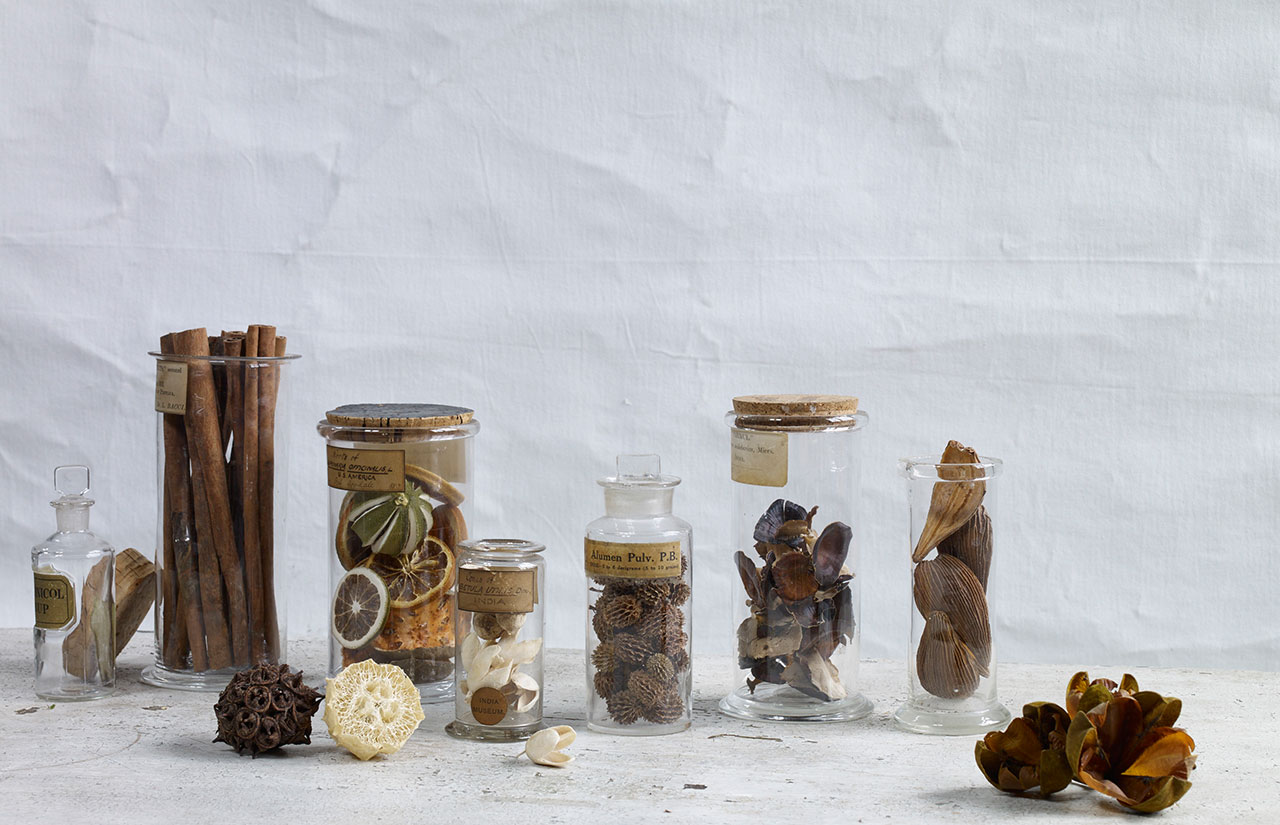 potpourri in jars