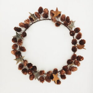 Star and Cone Wreath, Copper, 40cm