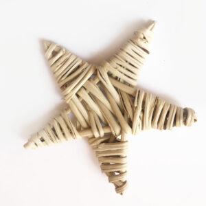 Lata Star, Natural
